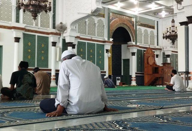 Marilah Mencari Ketenangan Jiwa Dengan Beriktikaf di Masjid ...